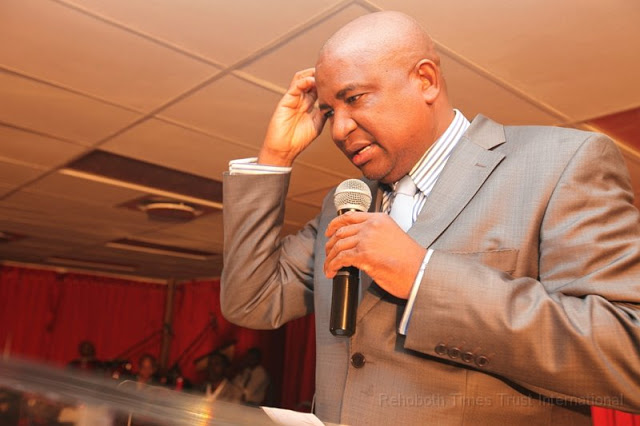 Phillip-Chiyangwa-Zimbabwe-Multimillionaire